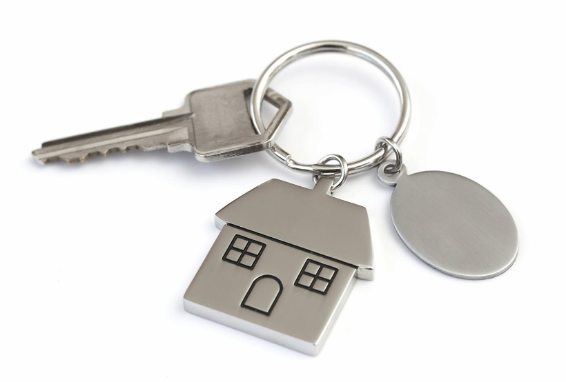 Key_Ring_with_house(Who_it%27s_for)_large
